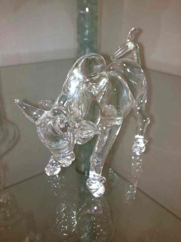 Dboro Decorative Show Piece  Dboro Glass Furniture are a leading manufacturer of Boro Silicate Decorative Show Piece.  We are located in Vadodara, Gujarat.  We are a leading supplier of Boro Silicate Decorative Show Piece in Bhavnagar, Gujarat.