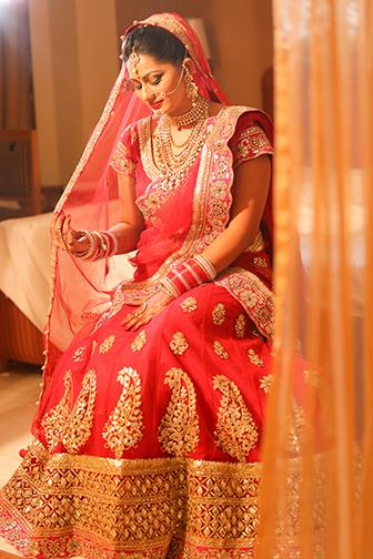 We provide best wedding photography & Videography in Delhi, We have a bunch of good candid photographers. For more details : http://www.amitvideovision.com/ - by Amit Video Vision, New Delhi