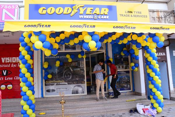 Authorised distributor of Goodyear Tyre for all types of vehicles in Thane.  to know more please visit http://www.justdial.com/Mumbai/Libin-Tyre-Trade-Service-%3Cnear%3E-Near-Chandanwadi-Thane-West/022PXX22-XX22-120224223021-B5C3_BZDET?xid=TXVtYmFpIENhciBUeXJlIERlYWxlcnMgVGhhbmUgV2VzdA==  Libin Tyre Trade & Service Shop No 4, Shree Prabhavee Apartment, Almedia Road, Thane West, Thane - 400601, Near Chandanwadi