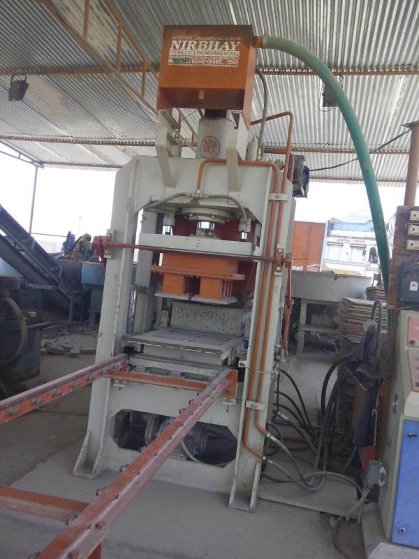 We r manufacture and exporter of fully automatic fly ash brick machine in gadarwara, multai, betul, seoni, budhni, sausar. - by Nirbhay Hydraulic & Eng. Works, Gujarat