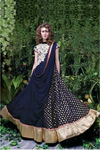 Royal Designer Gown  Shaily is a leading manufacture of Royal Designer Gown in Surat, Gujarat.  we are leading supplier of Royal Designer Gown in Vadodara, Gujarat.  We are leading Supplier of Royal Designer Gown in Ahmedabad, Gujarat.