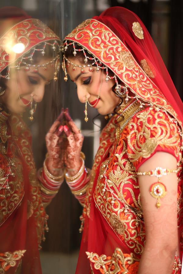 Best Wedding Photography, Bridal Portraits, Couple Portraits, Etc.  - by Bhasin Studio, Bareilly
