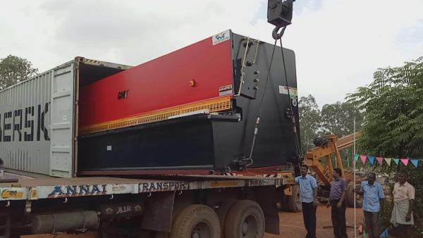 Careful handling of machine while unloading  - by GMT ENGINEERS (P) LTD, chennai