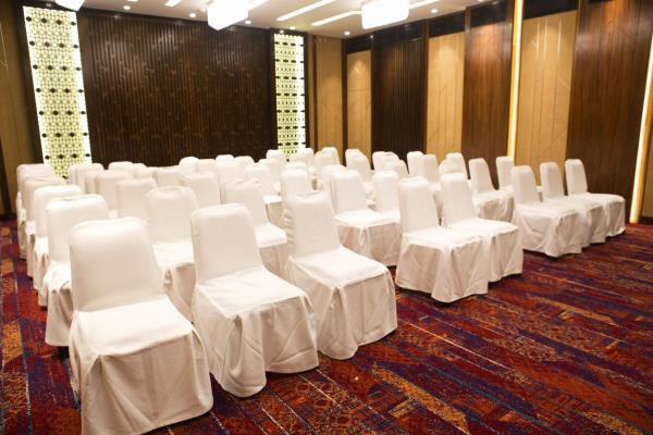 Good deals in Conference Halls in Colaba Mumbai	https://www.fariyas.com/hotel-in-mumbai/dining/ - by Fariyas Hotel Mumbai, Mumbai