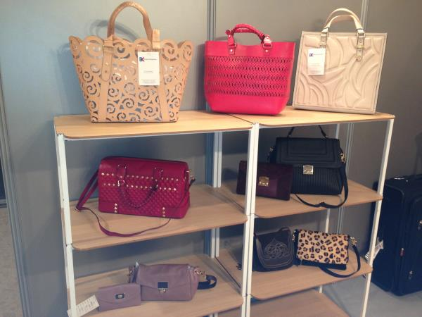Handbags Manufacturer in Gurgaon - Carry your necessary items with you always with our Designer Handbags. Not just carry Handbag, Carry Attitude.