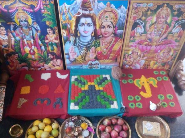 apnapandit Bangalore wishes  very very happy janmashtami to you and your family. contact for all types of Puja path in north Indian style. ph: 9343735376        9590872376 apnapandit.in@gmail.com