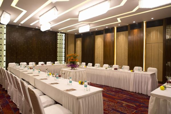 Good deals in Banquet Halls in Churchgate Mumbai	https://www.fariyas.com/hotel-in-mumbai/  - by Fariyas Hotel Mumbai, Mumbai