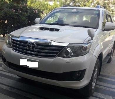 TOYOTA FORTUNER 4/2 3.0L AT:MODEL 03/2012, KM 140000, COLOUR WHITE, FUEL DIESEL, PRICE 2100000 NEG.USED VEHICLE FOR SALE COMPLEAT SHOWROOM TRACK - by Nani Used Cars, Hyderabad