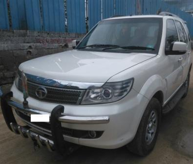 TATA SAFARI STORM EX 4/2 7STR 2.2L:MODEL 12/2013, KM 114793, COLOUR WHITE, FUEL DIESEL, PRICE 1050000 NEG.USED VEHICLE FOR SALE COMPLEAT SHOWROOM TRACK - by Nani Used Cars, Hyderabad