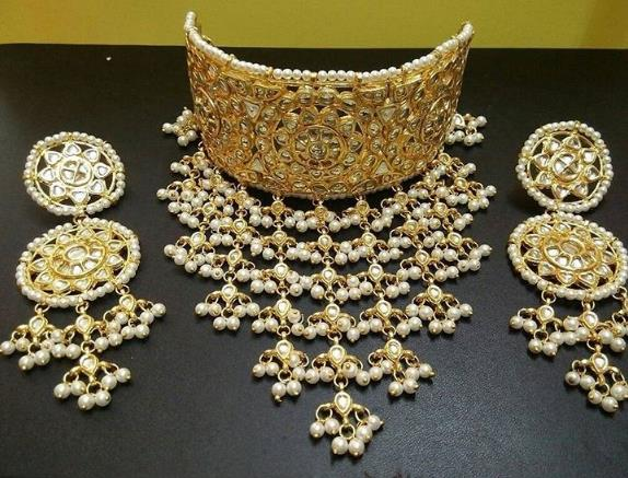 gold neckless  kundan jewellery in kamla nagar , delhi - by Suvidya Jewellers @9899729191, New Delhi
