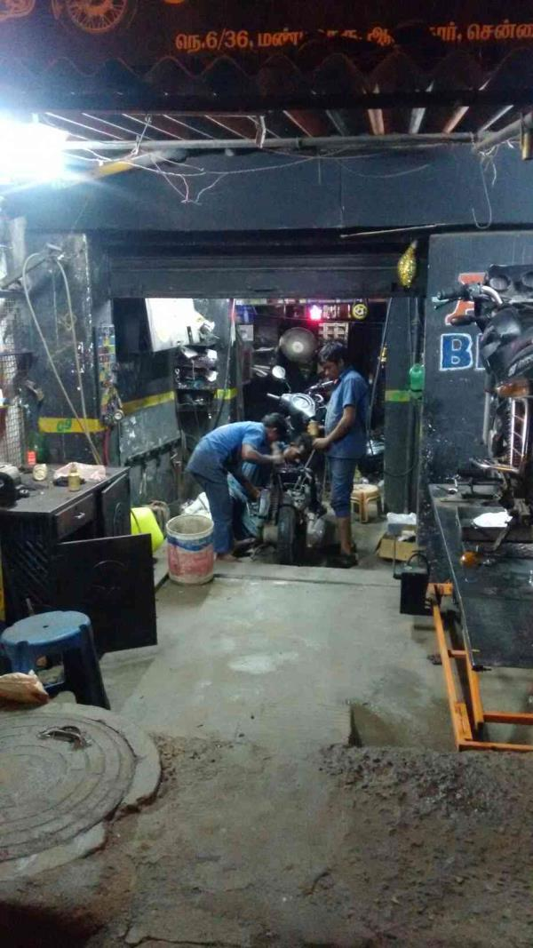 we are doing All kind of Two wheeler service in Alandur