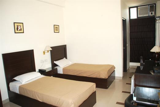 Ayush pg @ 9555959025 @ Girls Paying guest in Gurgaon .We are among top Girls PG accommodation provider in Gurgaon Sector 46 & Sector 47. Girls pg in Gurgaon sector 47 Girls pg in Gurgaon sector 46 Pg for girls in Gurgaon sector 47 PG for g - by Ayush PG @ 9555959025, Gurgaon