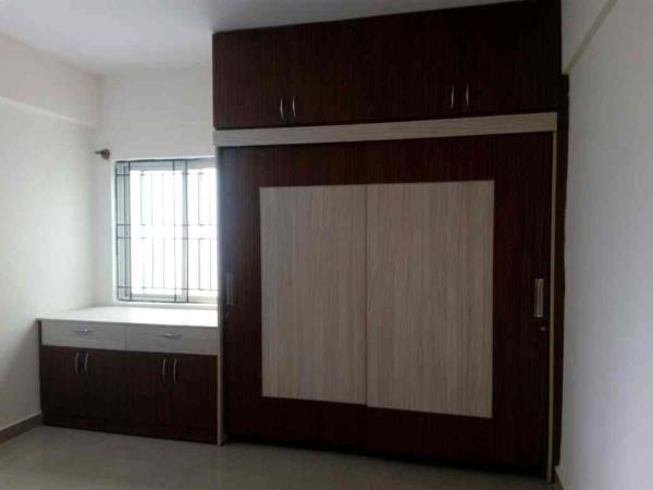modern new design wardrobe - prelaminated particle board - sliding door  - by Vsquare Interior Design pvt ltd, Bangalore
