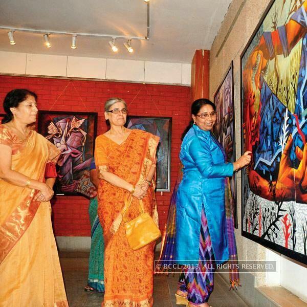 Sunayana Malhotra during an art exhibition by N Swarnalatha
