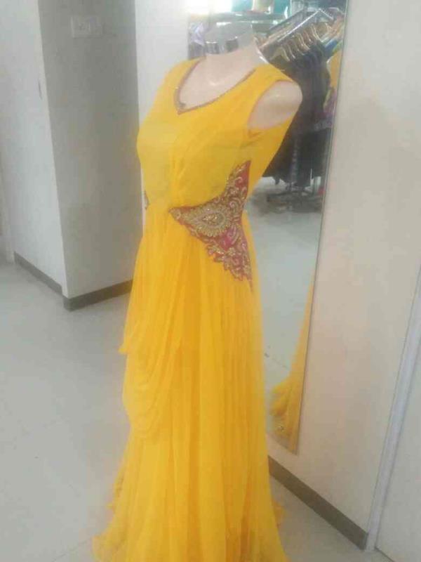 yellow Arnalaki - by dia, Bengaluru