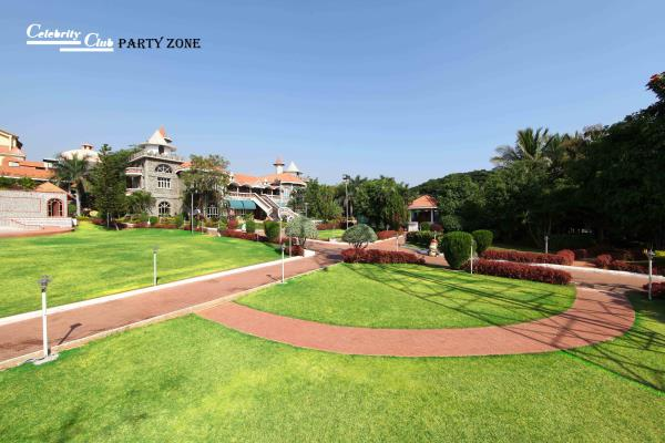 Honeymoon packages in Hyderabad Resorts  Welcome to Celebrity Resort Hyderabad ( Mobile 9701322007 ) one of the most premium Resort & Hotel in shamirpet area Hyderabad a perfect place for your holiday at Hyderabad.  Ultra modern suites and  - by Celebrity Resort, Hyderabad