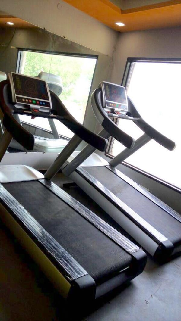 We are the leading manufacturer and supplier of all GYM Equipment in Delhi,  - by Fitness first @ 9990864646, Noida
