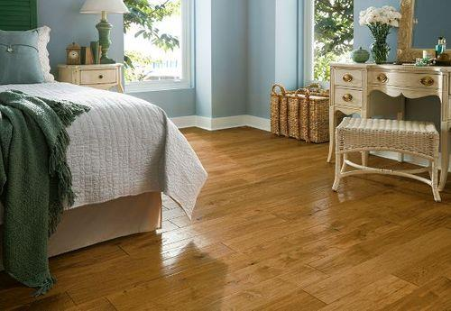 Armstrong Wooden Flooring Contractor in Chennai  Hardwood flooring has never been more popular. Armstrong's hardwood floors are designed to match any décor – from sophisticated contemporary to distinctive, hand-scraped rustic. Hardwood floo - by Endura Floors & Furnishings, Chennai