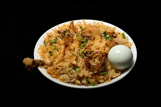 Chicken Dum Biriyani - by ZAITOON RESTAURANT, Madurai
