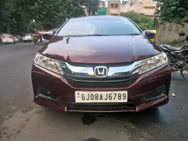 We are Second Hand Car Dealer In Ahmedabad, We Are Used Car Dealer In Ahmedabad - by MUNIM AUTO, Ahmedabad