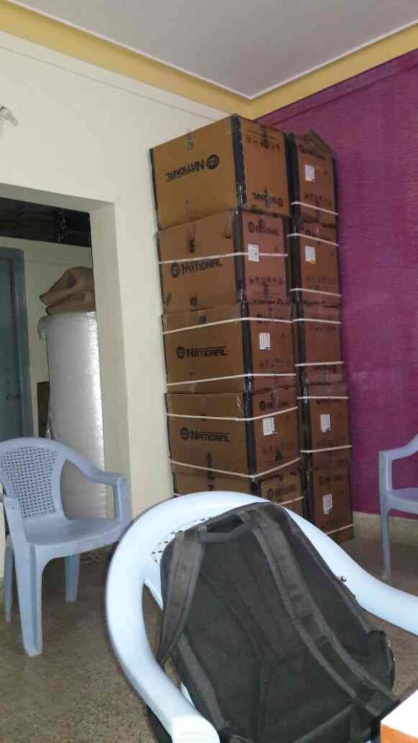 packers and movers in Singapore layout .
