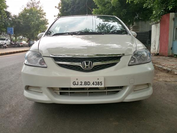 We are a Certified Used Car Dealer In Ahmedabad, We Are a Second Hand Car Dealer In Ahmedabad. - by MUNIM AUTO, Ahmedabad