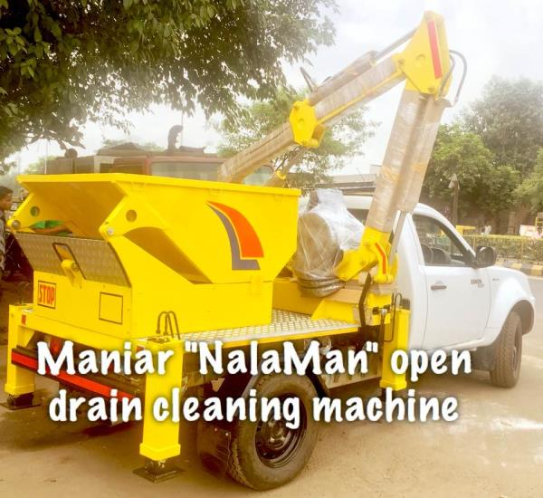 Open drain ditch cleaning machine on TATA XENON. The machine is equipped with a silt collection bucket having 500 liter capacity. The equipment is design such that it allows the operator to remove silt with easy and damaging the drain walls.   It can be mounted on any similar pick-up vehicle such as Mahindra Bolero, Nissan pick-up and equivalent vehicle.