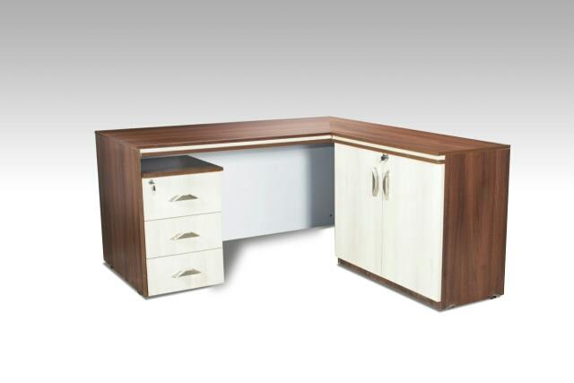 office table with runner - by Farhana Furniture, Indore