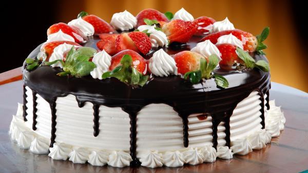 Cream Cakes Are The Best Professional Cake Shop In Madurai  - by Cream e Cakes, Madurai