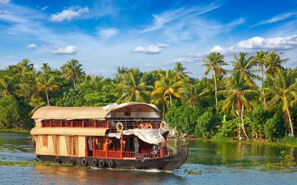 Planning to Visit Kerala in India, it is also known as God Own Country.  A nostalgic backwater cruise in Kerala is the best place to stay in Kerala.  you can explore many places, specialties like Ayurveda, houseboats, backwaters and festiva - by Tourient Travel Services, Singapore