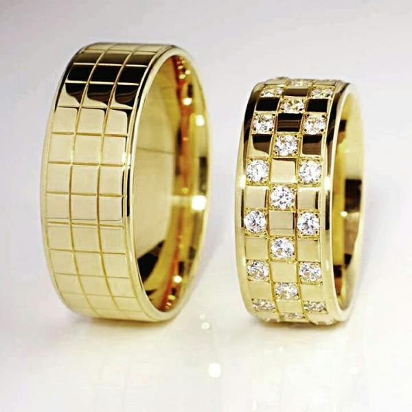 diamond couple ring, gold creation, attire diamonds, diamonds to shine, brighter, shinier, attire's creation