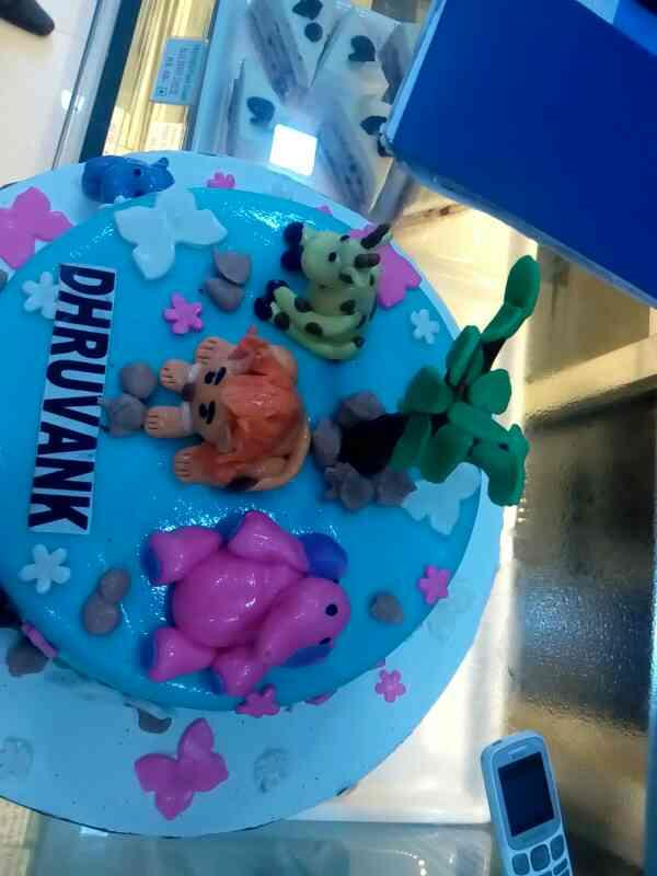 3D Cakes at Ghodbunder Road Monginis Cake Shop 02225970150 - by Monginis Cakeshop, Thane