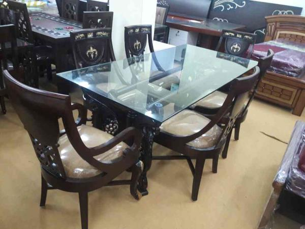 sikud Dynig - by The Green Apple furniture &Interiors, 5-8-57/1to 6 Beside Kamat Hotel Nampally Station Road