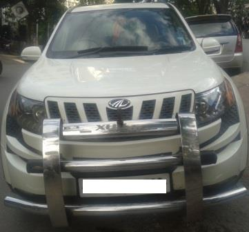 MAHINDRA XUV500 W8:MODEL 1/2013, KM 57223, COLOUR WHITE, FUEL DIESEL, PRICE 1200000 NEG.USED VEHICLE FOR SALE COMPLEAT SHOWROOM TRACK. - by Nani Used Cars, Hyderabad