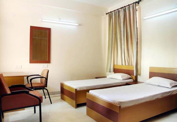 Pg for boys in naveen shahadra @ jain PG call now 9650343343. One of the best paying guest service provider in naveen shahadra with lotes of amenities.......  Boys PG in naveen shahdara pg for men in naveen shahdara - by Jain PG @ paying guests for men in naveen-shahdara @ 9650343343, North East Delhi