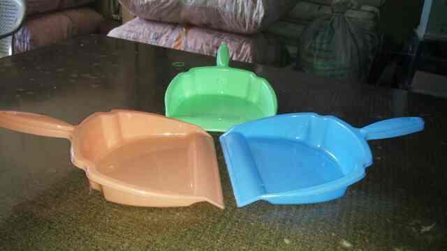 We are Dust Pan Manufacturers in Rajkot.