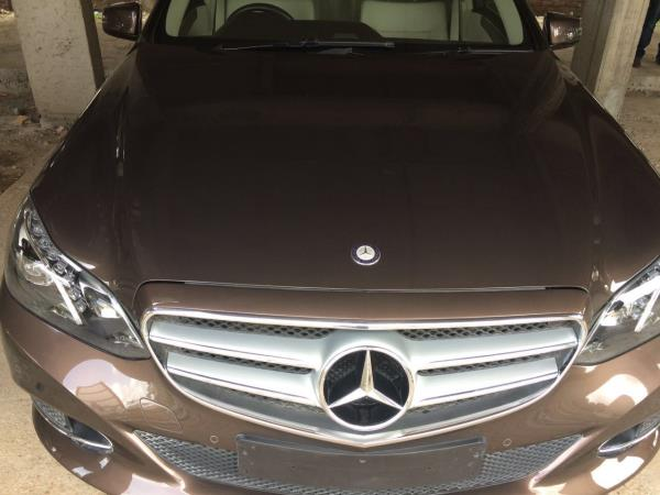 Used 4500 Km Run E250CDI In Ahmedabad  Price :- 4200000/- Niraj Patel 8401978271 - by MUNIM AUTO, Ahmedabad