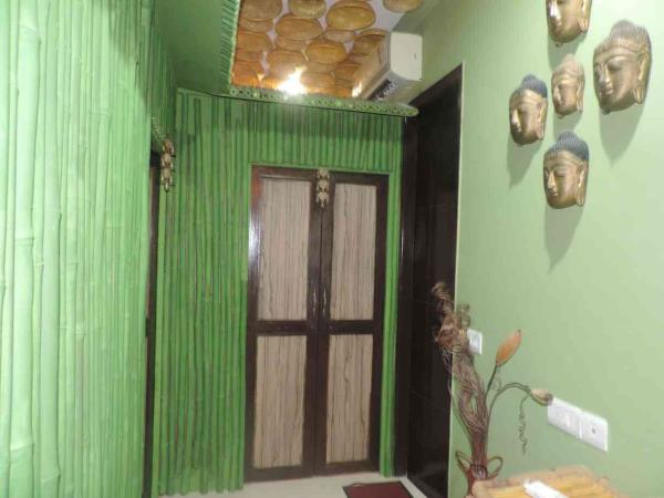 nirvana spa'n'wellness centre has rooms in the form of hut taking u close to the nature, experience exotic therapies with the feel of being in the lap of the nature - by Nirvana Spa 'n' Wellness # 9873507095, New Delhi