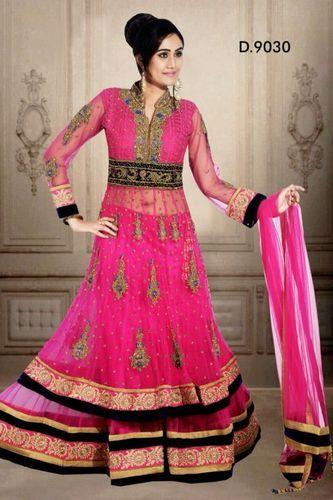 Bridal lehenga dealers in Delhi. Best Bridal Lehenga distributor in Delhi.  Item Code: Bridal Lehenga Very exclusive heritage wedding lehenga. It can be done in many colors : green, cream, red etc. Other Information Pay Mode Terms: T/T (Ban - by Bridal Lehengas +91-9716701254, Delhi
