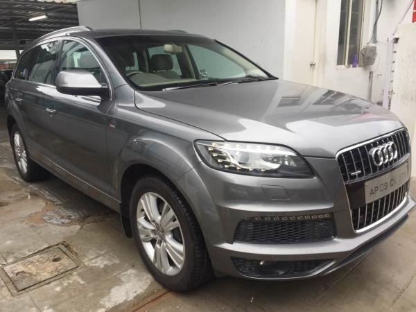 Audi Q7 2013 model S line excellent maintained with service record  - by Vasant Motors Pvt Ltd, Hyderabad
