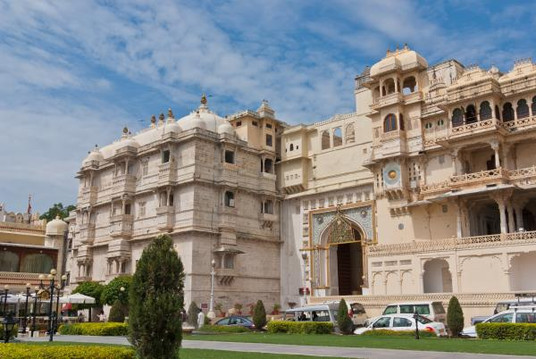 Rajasthan Forts & Palaces Tour  Delhi (2) > Agra (1) > Jaipur (2) > Bikaner (1) > Jaisalmer (2) > Jodhpur (1) > Udaipur (2) > Delhi   DAY 1 ARRIVE DELHI  Arrive at Delhi International airport, on arrival welcome and transfer to the hotel. Overnight at hotel.   DAY 2 SIGHTSEEING OF DELHI In the morning take a city tour of New Delhi covering Laxmi Narayan Temple, India Gate, drive past the Parliament House, Lotus Temple, Humayun's Tomb