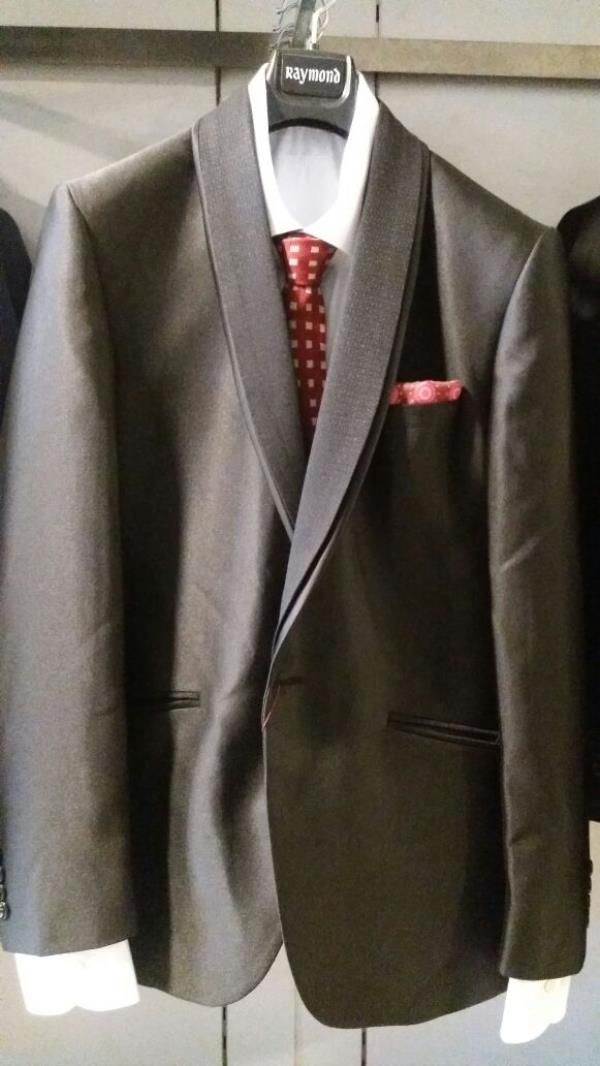 Coat Suit Available Raymond Store In Bareilly.