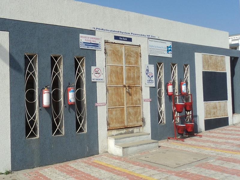 LPG installation: The purpose of LPG installation: is to provide uninterrupted supply of LPG to the customers through meters. This amounts to a great convenience to the customer. LPG installation: All the LPG cylinders are located in the cy - by Dolphin Gas Systems Pvt Ltd, Hyderabad