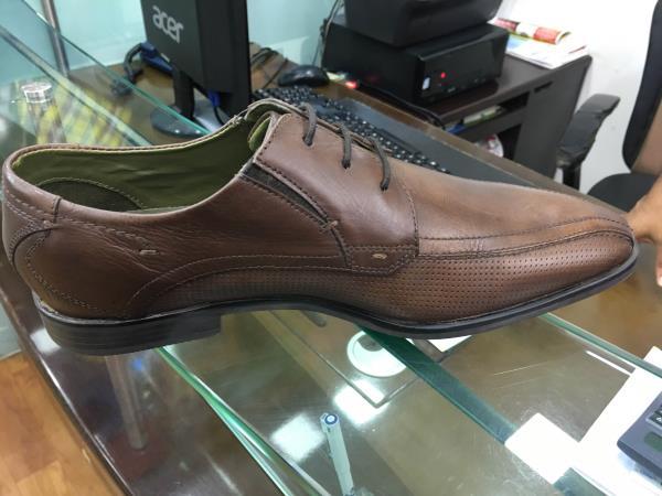 Bugatti Shoes in Mira Road